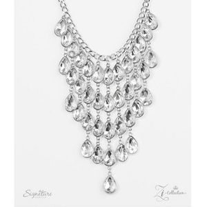 Shanae necklace & earring set